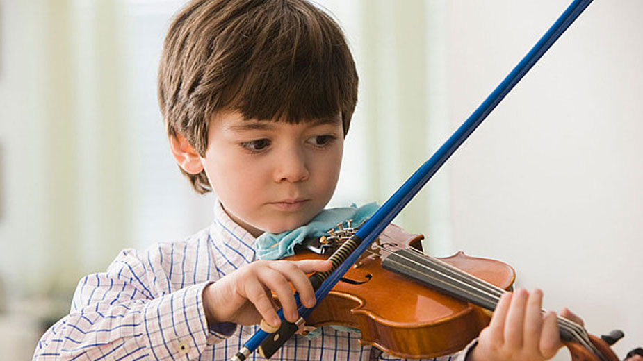 Kid Playing Violin