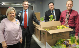 ValleyCare Fights Cancer with Daffodil Sales
