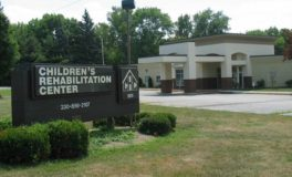 Children's Rehab Center to Host Reds, White & Brews