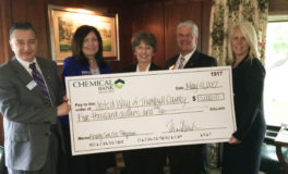 Chemical Bank Gives $5K to Trumbull United Way Program
