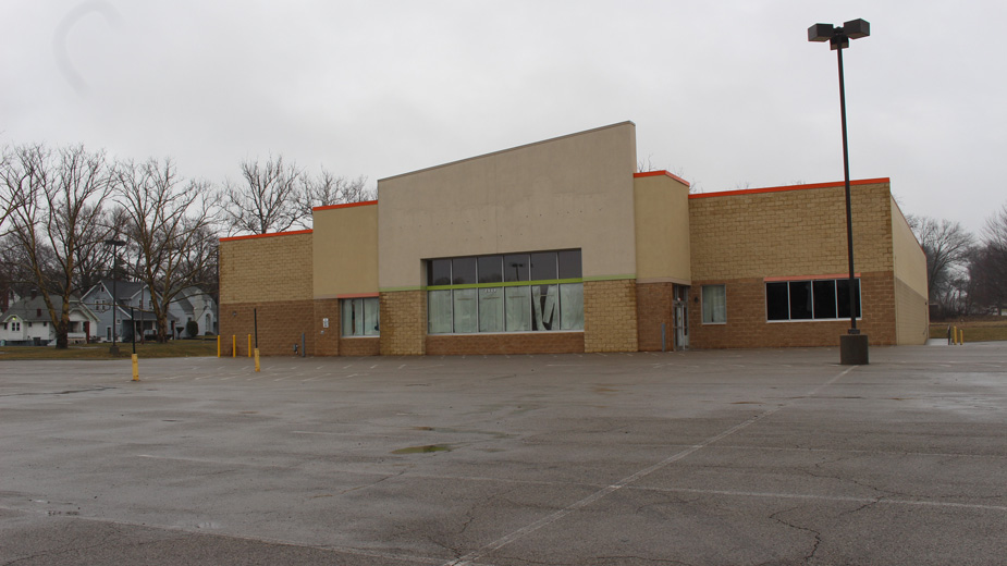 One Health Ohio plans to spend approximately $4 million to convert and equip the former Bottom Dollar Food grocery store building on the South Side for use as a health clinic.