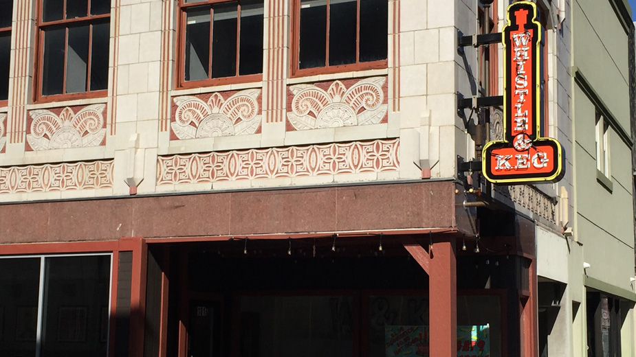 Design Review Approves Patio For Whistle & Keg