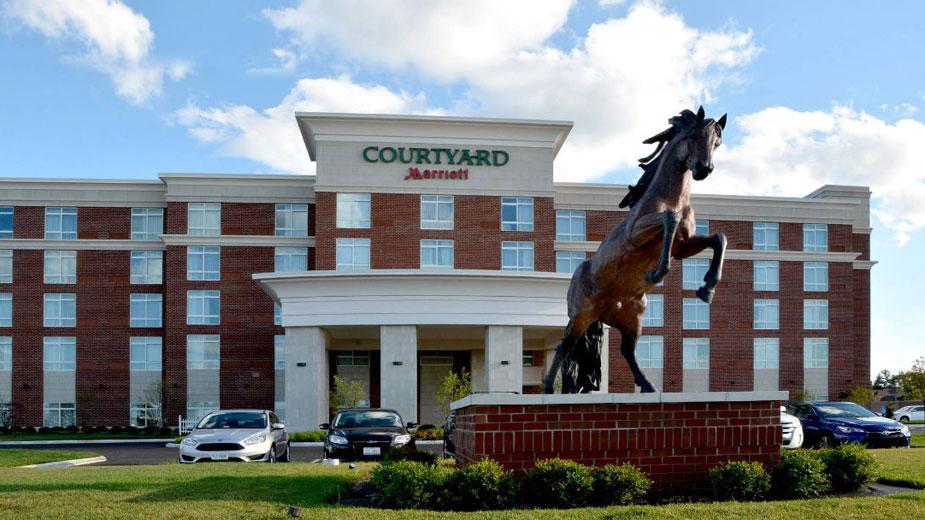 Courtyard Marriott Canfield Earns Quintet of Awards