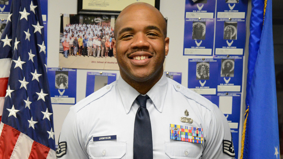 Recruiters Serve as Gateway to Military Service