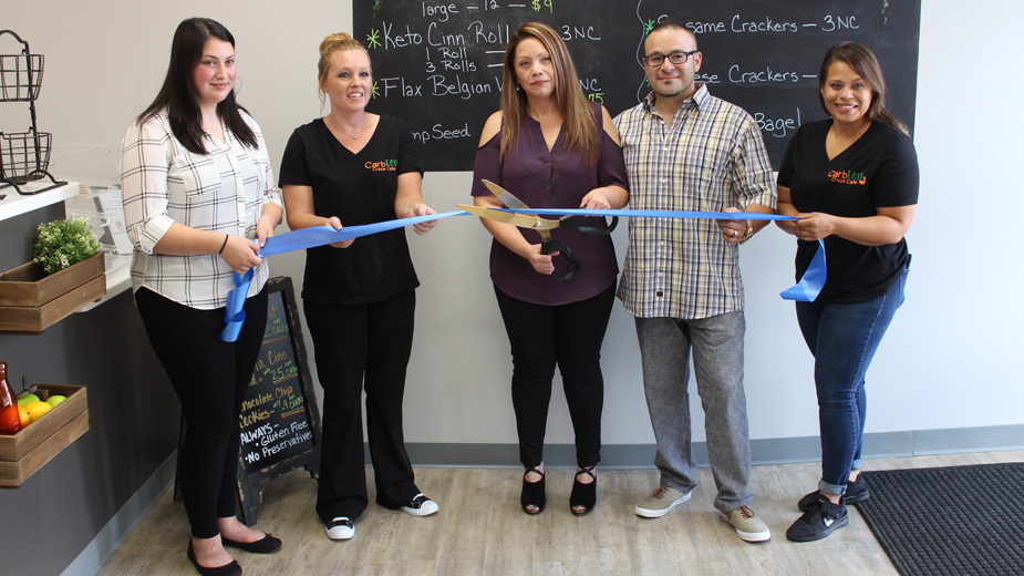 CarbLess Craze Café Feeds Those with Diet Restrictions