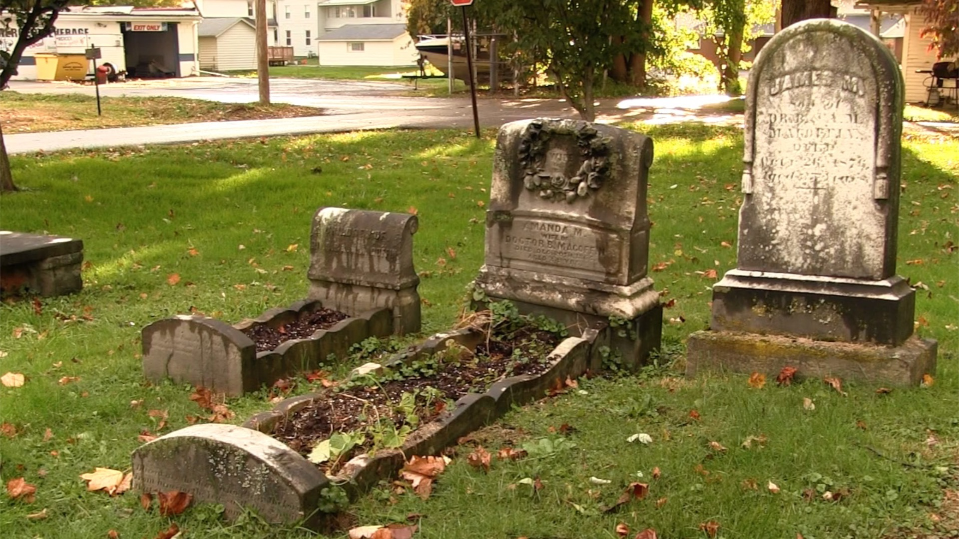 A Grave History of Mercer
