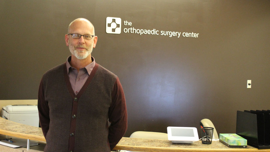 Dr. Les Schwendeman of the Orthopaedic Surgery Center
