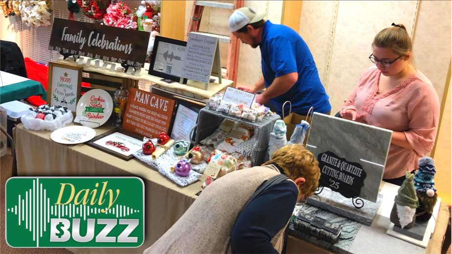 Last-Minute Shopping in Austintown